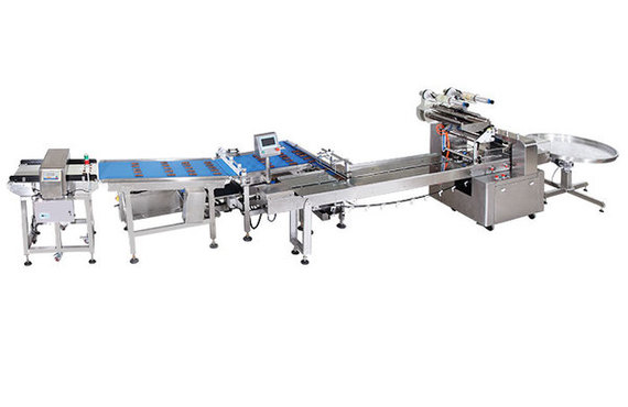 Chocolate bar feeding and packing line
